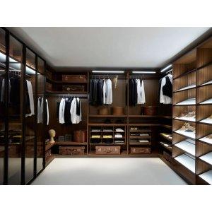 Закрытая гардеробная на заказ