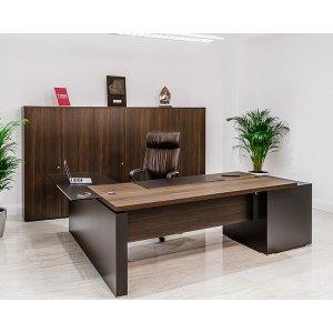 Стол в кабинет Иво